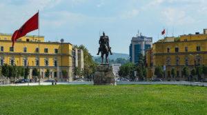 Plaza de Tirana en Albania
