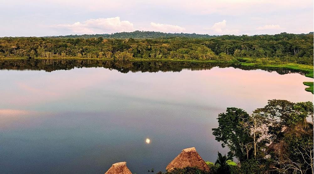 Añangu Lake