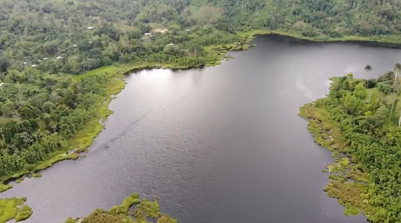 Laguna de Cube en Esmeraldas
