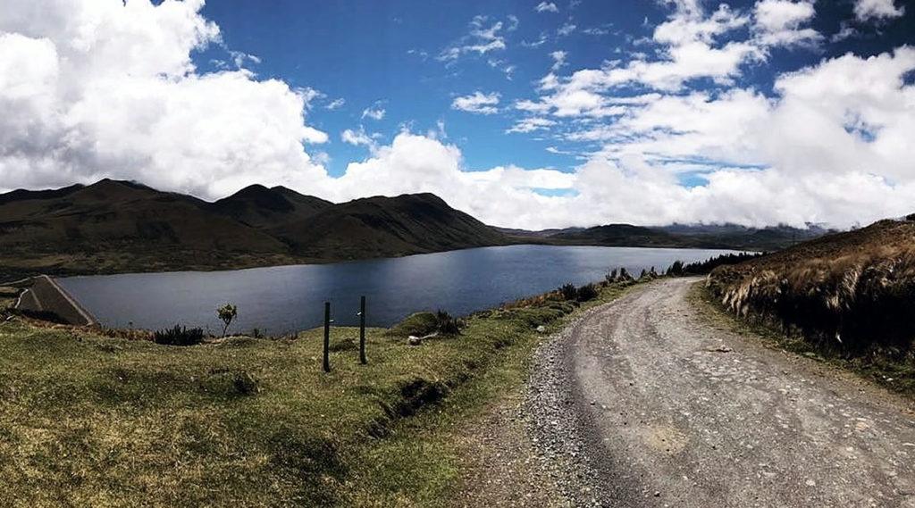 laguna de pisayambo en tungurahua