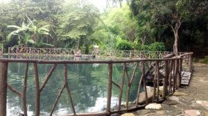 Laguna sulfurosa natural