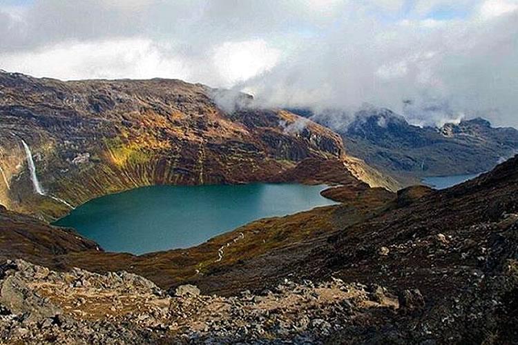 lagunas del volcan altar