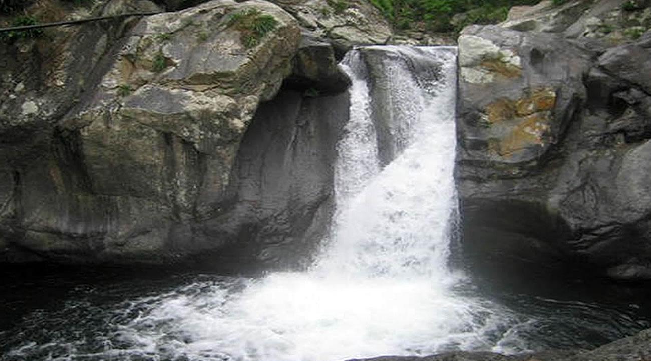 laguna en chaguarpamba